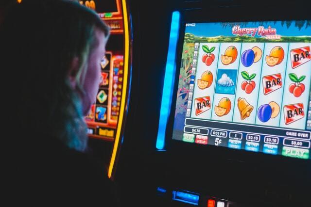 Trik Bermain Slot Online, Agar Anda Untung Besar